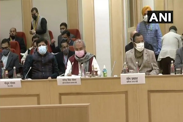 Piyush Goyal arrives at Vigyan Bhawan, 11th round of talks between farmers and government to be held after a while, see photos - Delhi News in Hindi
