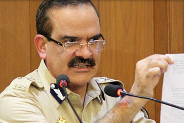 Former Mumbai police chief approaches Supreme Court - Mumbai News in Hindi