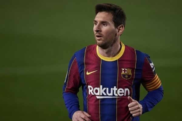 La Liga: Barcelona beat Elch 3–0 with Messi 2 goals - Football News in Hindi