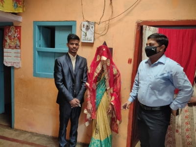 Bihar: Neither band, nor Baja, Sehra dam alone reached the bride and groom with seven rounds - Patna News in Hindi