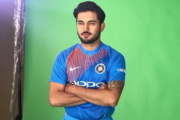 Manish Pandey takes names of suresh raina and yuvraj singh - Cricket News in Hindi