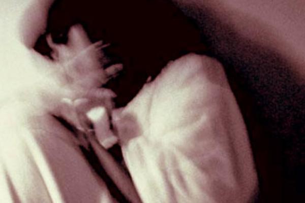 mothers live in partner raped 8 year old girl In alwar - Alwar News in Hindi