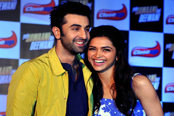 deepika and ranbir kapoor in mizwan 2018 - Bollywood News in Hindi