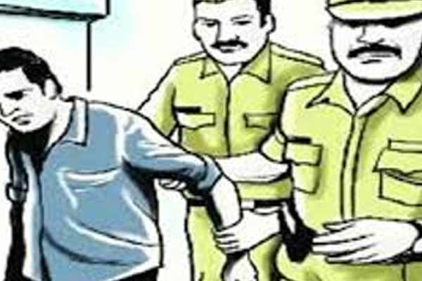A rogue arrested with a sharp weapon in Jaipur arrested - Jaipur News in Hindi