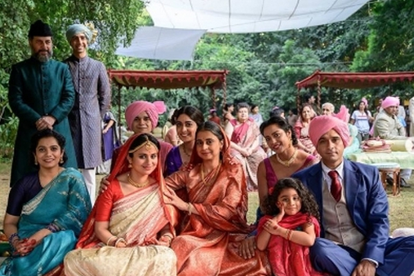 Rasika Dugal shares pics from suitable times on A Suitable Boy set - Bollywood News in Hindi