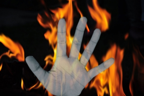 A woman and 2 children were burnt alive in UP - Kanpur News in Hindi