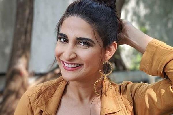 Aahana Kumra on playing a pilot stuck in lockdown in Madhur Bhandarkar next - Bollywood News in Hindi