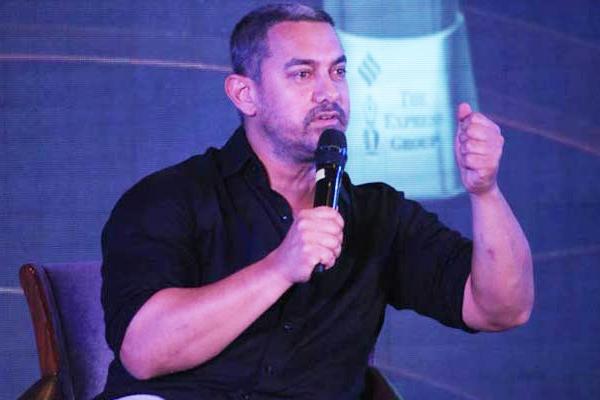 सलमान शाहरूख से अपनी तुलना पर क्या बोले आमिर खान