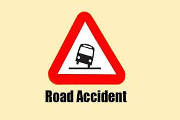 bus accident in Siddharth nagar 40 students injured - Lucknow News in Hindi