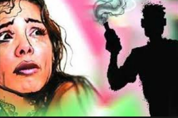 Boyfriend attacked woman in UP with flammable substance - Budaun News in Hindi