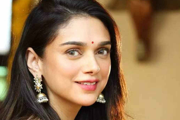 Aditi Rao Hydari: OTT platforms became our best friends during lockdown - Bollywood News in Hindi
