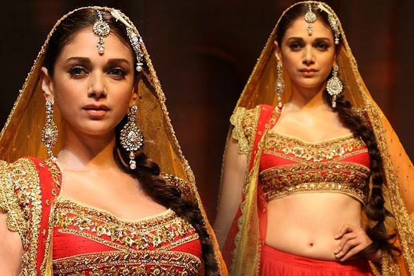 Aditi Rao Hydari to walk the ramp for charity - Bollywood News in Hindi
