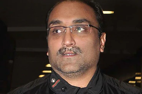 Aditya Chopra starts initiative to support daily wage earners of film industry - Bollywood News in Hindi