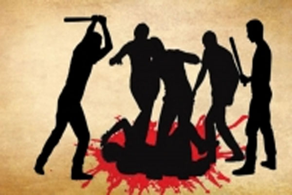 Agra - violence erupted over death of man in road accident - Agra News in Hindi