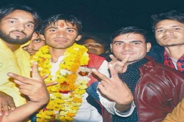 student union president will be out as president - Agra News in Hindi
