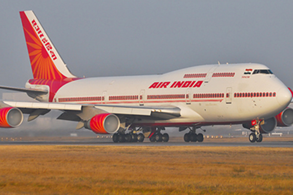 Pilots challenge Air India leave without pay scheme in Delhi HC - India News in Hindi