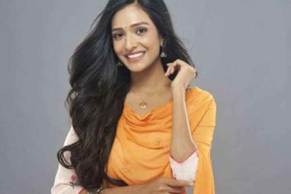 Bhagya Lakshmi actress Aishwarya Khare: People like Lakshmi exist in reality - Television News in Hindi