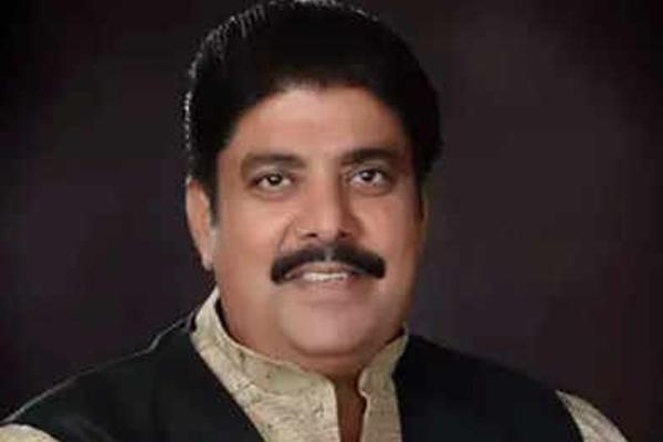 तिहाड़ जेल में बंद अजय चौटाला के पास से मोबाइल बरामद, DG बोले-कार्रवाई होगी