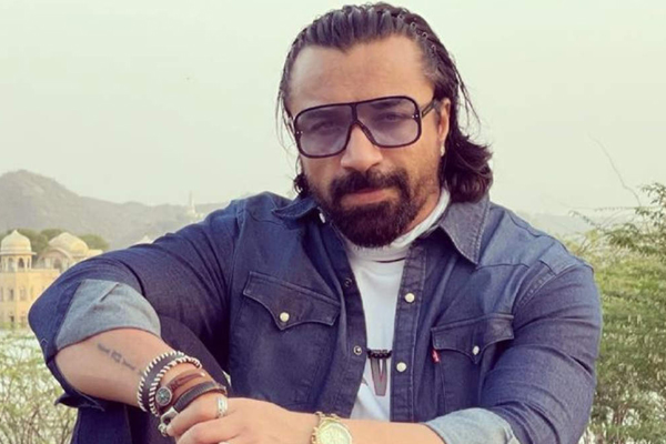 एजाज खान कोरोना पॉजिटिव पाए गए