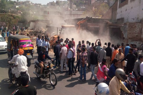 Now will the road wide, Deleted encroachment - Ajmer News in Hindi
