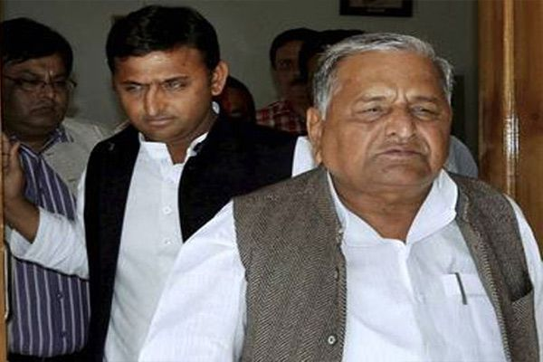 now two group in samajwadi party - Lucknow News in Hindi