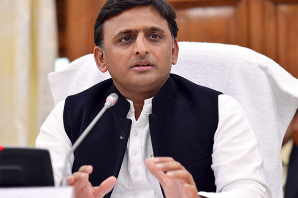 Police brutality in Azamgarh has crossed all limits: Akhilesh - Lucknow News in Hindi