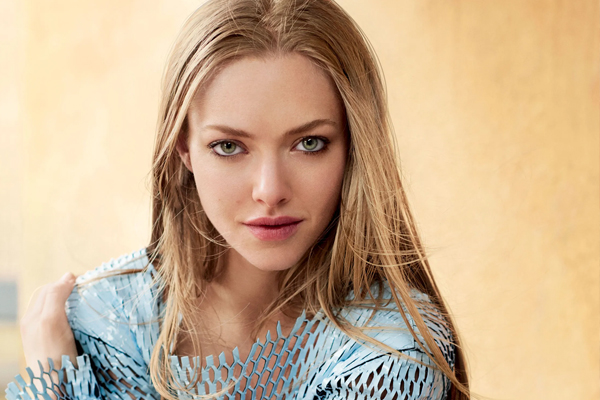 When Amanda Seyfried became really obsessed with ghost stories - Hollywood News in Hindi