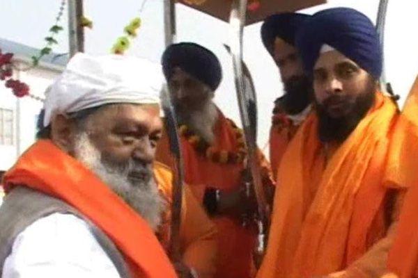 Cabinet minister welcome the nagar kirtan, pilgrims reach at large number - Ambala News in Hindi