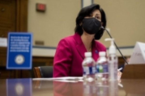 America: People who have taken both doses of the Corona vaccine are not required to wear masks - World News in Hindi