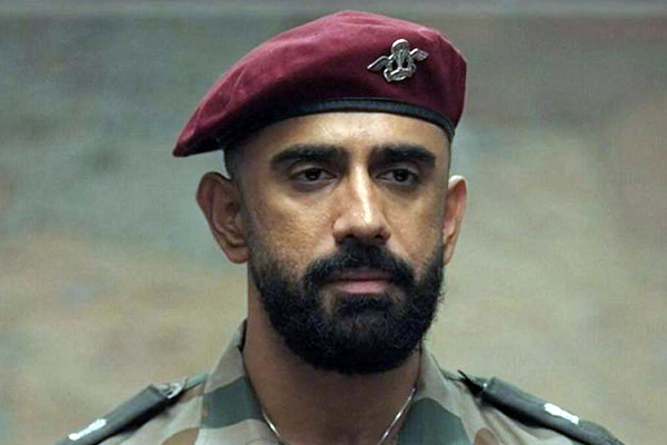 Amit Sadh gave this special message to the soldiers on Army Day .. - Bollywood News in Hindi