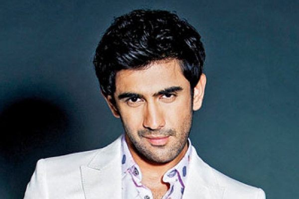Amit Sadh beefs up for India Strikes-10 Days - Television News in Hindi