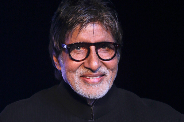 Big B does not keep himself away from his father work - Bollywood News in Hindi