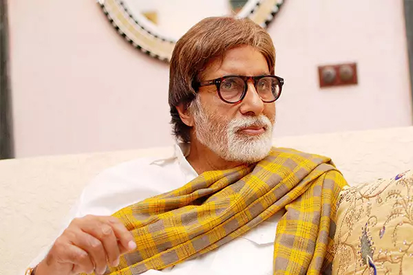 Big B: People nowadays advise me to keep my mouth shut - Bollywood News in Hindi