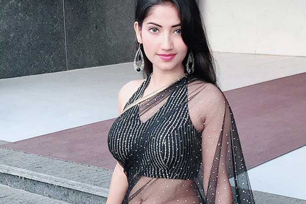 Angel Rai, who is popular on social media, is now ready to enter the cinema - Bollywood News in Hindi