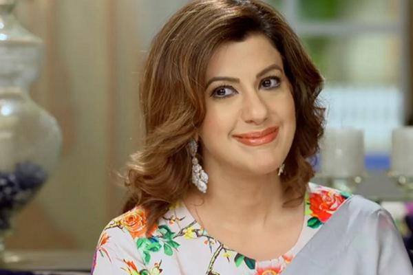 नकारात्मक भूमिकाओं से ब्रेक का आनंद ले रही हैं अनीशा हिंदुजा