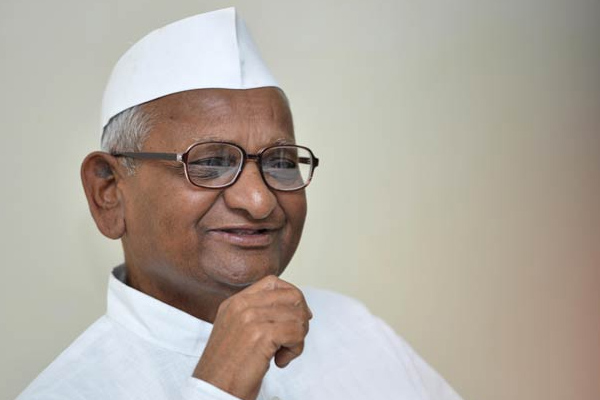 Centre Responsible For Farmers Committing Suicide says Anna Hazare - Sambhal News in Hindi