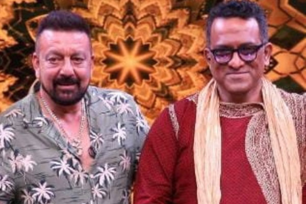 Anurag Basu remembers late Sunil Dutt on Super Dancer 4 - Television News in Hindi