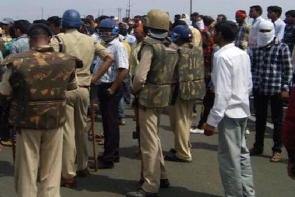 श्रद्धांजली सभा में हुए उपद्रव में 32 अधिकारी व कर्मचारी घायल, 211 गिरफ्तार
