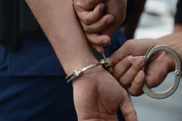 उत्तर प्रदेश: अवैध शस्त्र फैक्ट्री का खुलासा, तीन गिरफ्तार