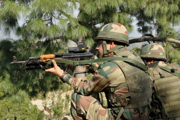 Encounter breaks out between security forces, militants in Jammu and Kashmir - Srinagar News in Hindi