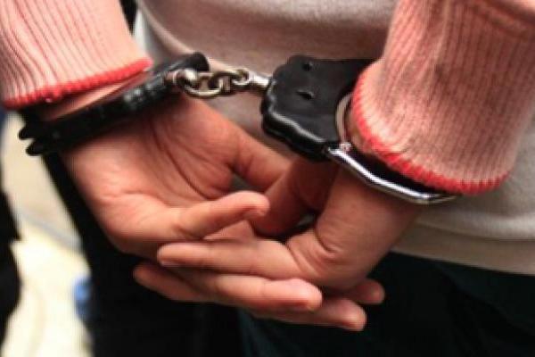 UP : पुलिस को गोली मारने वाला शख्स मुठभेड़ के बाद गिरफ्तार