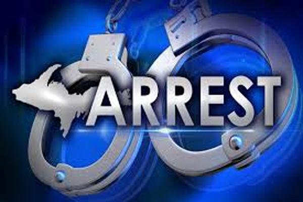 मुठभेड़ के बाद 11 शातिर बदमाश गिरफ्तार