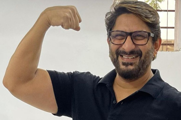 Arshad Warsi gets the jab, says vaccine lagao immunity badhao - Bollywood News in Hindi