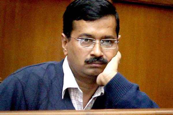 NGT Slams Brakes on Odd-Even Return, Gives Kejriwal government an Earful - Delhi News in Hindi