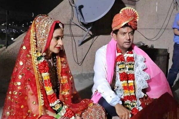 Bigg Boss 2 winner Ashutosh Kaushik gets married on terrace - Television News in Hindi