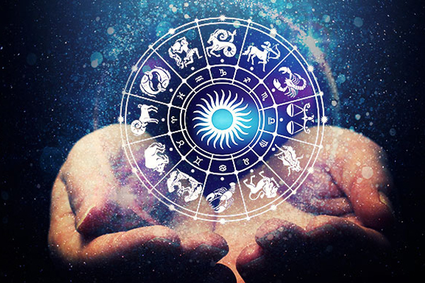 Horoscope Today, 10 April 2021 Check astrological - India News in Hindi