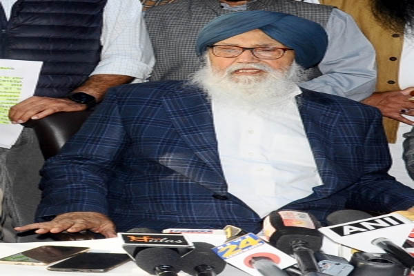 Former Punjab CM Badal to appear before SIT in police firing case - Punjab-Chandigarh News in Hindi