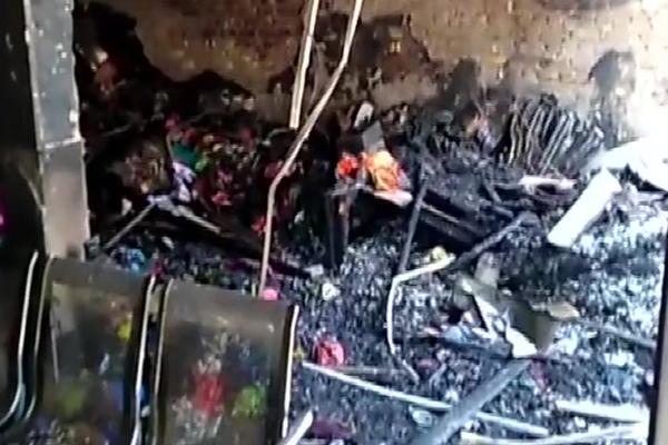 फरीदाबाद : स्कूल में आग लगने से दाे बच्चों सहित तीन लोगों की मौत