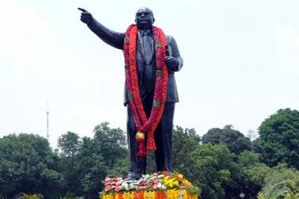 Ambedkar statue vandalized in Uttar Pradesh Ballia - Lucknow News in Hindi