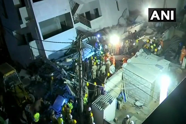 Building under construction   Fall, The death of one - Bengaluru News in Hindi